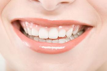 牙齿地包天产生原因 <font color=red>地包天矫正</font>方法