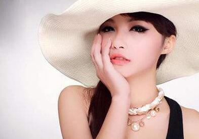 有色素斑能不能做彩光嫩肤美容