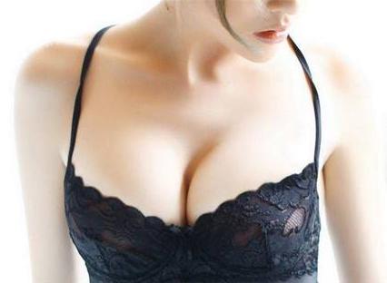 西安取隆胸假体多少钱