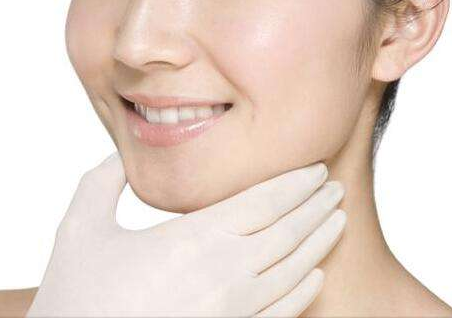 面部吸脂什么季节做好呢