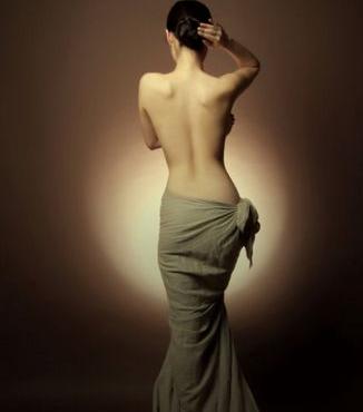 背部吸脂 你也可以拥有性感曲线