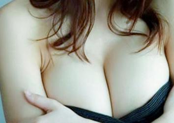 假体隆胸的术前准备 让你完美挺胸