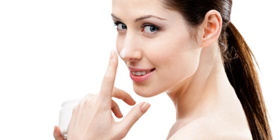 假体隆鼻可以做吗 鼻梁高挺散发你的魅力