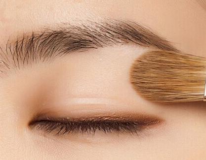 南京欧华国际眉毛种植 让你更具魅力