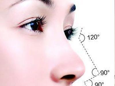 隆鼻假体取出来后能立即植入新的假体吗
