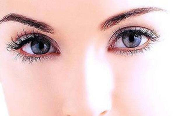 开眼角对眼睛对有损害吗