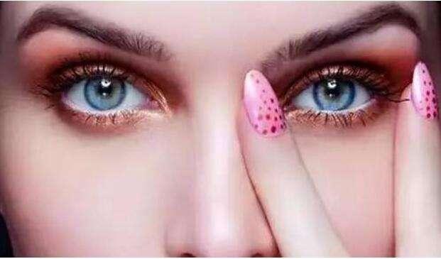 新疆子桐医疗医院开眼角手术让你看到不一样的色彩