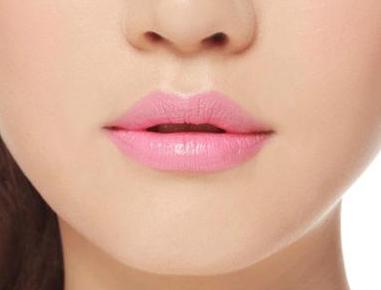 兰州军区乌鲁木齐总医院光子医疗美容科胶原蛋白丰唇好吗