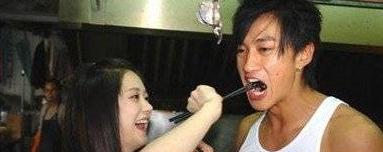 韩国演员张娜拉整容了吗 昔?#29031;?#29255;?#21592;却?#22825;然天生丽质