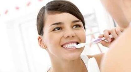 陕西华西医院西美医疗 种植牙让你拥有一副好牙口