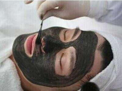 上海?#24418;?#21307;结合医院整形科黑脸娃娃去粉刺的效果怎么样