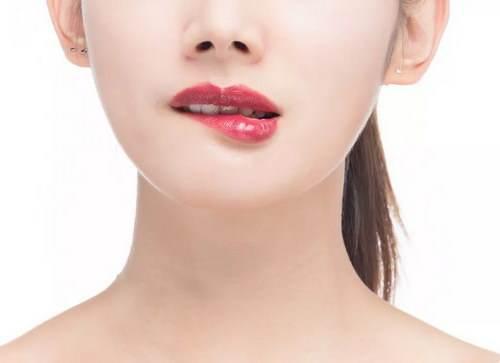 伊维兰丰唇和破尿酸丰唇存在什么区别呢