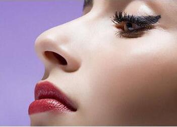 鼻小柱延长术适合哪些人呢 术后应该注意些什么