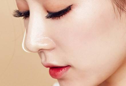 隆鼻修复有哪些优势 隆鼻失败有什么表现呢
