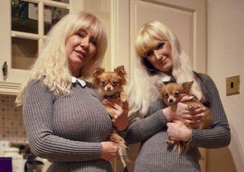 英国霍罗克斯做整形 母女拍照似姐妹