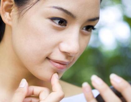 激光面部脱毛发 脱去汗毛让你的脸庞更加水嫩