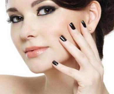假体隆鼻材料有哪些 假体隆鼻让你拥有自信容颜