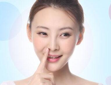 面部填充术提拉紧致面部 让你的面容更加好看