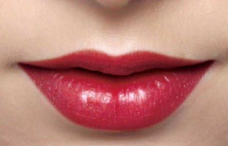 看看漂唇禁忌人群里有没有你 漂唇多久恢复唇色