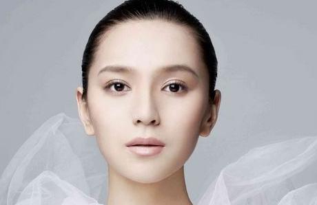 一种可以瘦脸还可以美容的方法 面部吸脂效果如何
