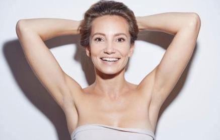 腋窝脱毛的方法有多种 腋下激光脱毛效果明显吗