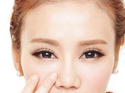 无需麻烦画眉 种植眉毛给你更自然的美丽