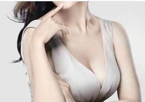 平胸就这样轻易的束缚住你了吗 假体隆胸让你脱离平胸牢笼