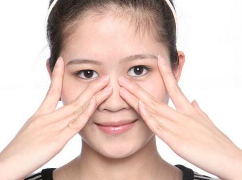 脸部皮肤下垂主要是什么原因呢 电波拉皮除皱价格怎么样呢