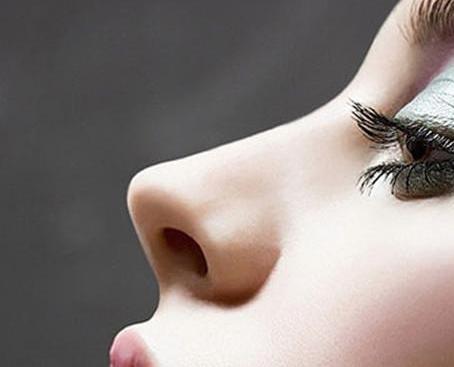 鼻假体取出的手术过程怎么样呢 存在着什么风险呢