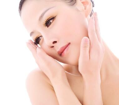 鼻再造和隆鼻术区别有哪些呢 美丽翘鼻精美侧颜