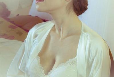 胸部下垂的原因有哪些 乳房下垂矫正术的流程是什么