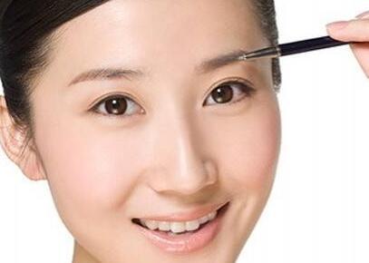 上海脱发医院排名 眉毛种植价格贵不贵