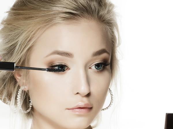 睫毛种植的过程怎么样呢 翘睫靓眼无处不在