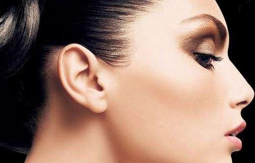 假体隆鼻有后遗症吗 可以保持多久