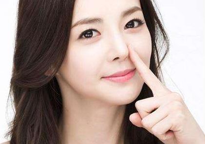 瘦脸的方法 面部吸脂让你的面容更加精致