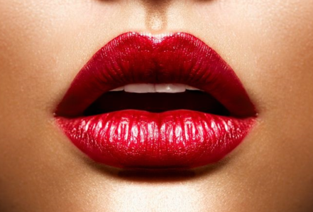深圳百合医院美容整形科做漂唇有什么好处 原理是什么
