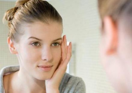 睫毛种植怎么样 让你的眼睛电力十足