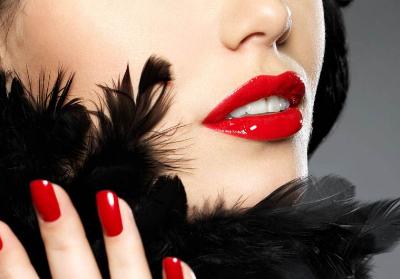纹唇如何选颜色 包头华美整形医院纹唇手术过程是怎样的