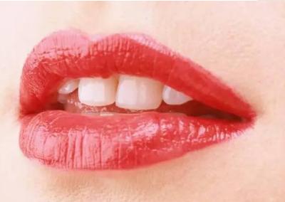河北现代女子整形医院纹唇手术 让你唇似樱红