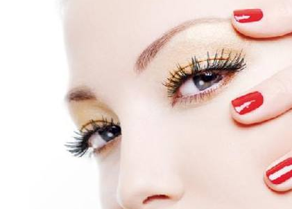 怎样让睫毛变长 南宁雍禾植发整形医院睫毛种植需要多久