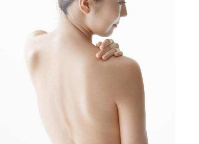 内蒙古医学院第四附属医院整形科背部吸脂减肥手术价格