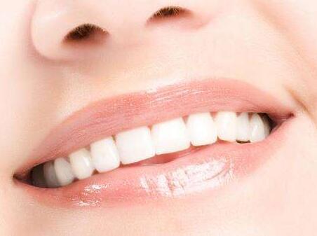 无痛洁牙的优势是什么 深圳罗湖区麦芽口腔医院怎么样
