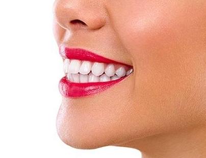 牙齿不齐不用担心 上海知音整形医院牙齿矫正让你笑出美丽
