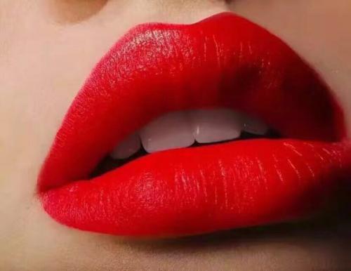 漂唇怎么样呢 南京美极整形医院漂唇术让你更加美丽