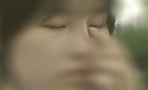 十九岁小刘做了眼鼻整形失败 整容修复费用该谁买单