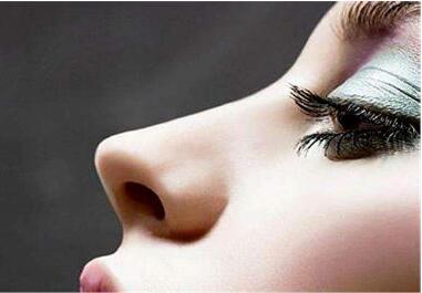 上海医颜整形医院鼻尖整形的效果怎么样  术后怎么护理