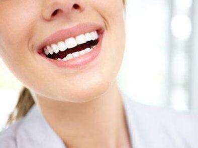北京牙科整形医院哪家好 冷光美白牙齿能维持多久