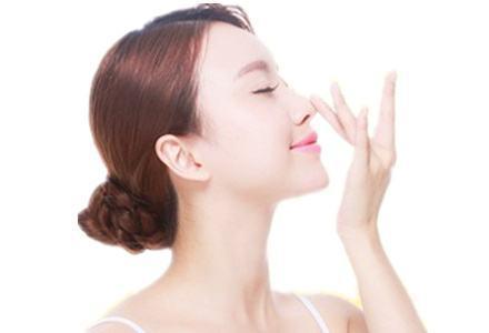 自体肋骨隆鼻有没有风险 多久恢复自然