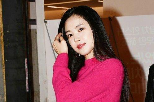 韩国APink组合孙娜恩整容 孙娜恩后照片对比疑似换脸