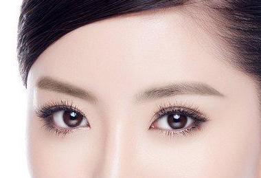 去眼袋的简单方法 洛阳孔大夫整形医院激光祛眼袋多少钱